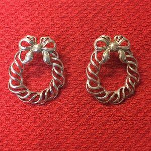 Jewelry - Sterling silver wreath earrings.